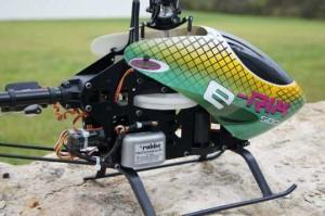 Modellbau Hubschrauber mit HeliCommand Technik Komplettansicht